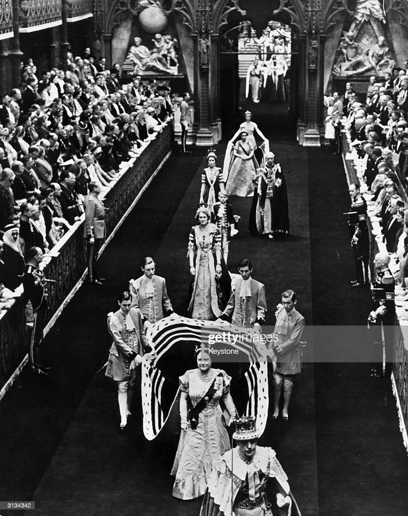 The Queen Mother : News Photo