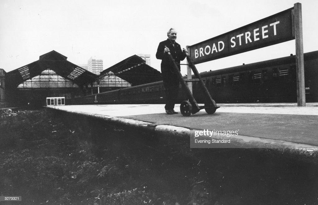 Broad Street Station : News Photo