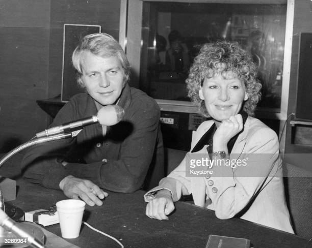 American actor David Soul star of the TV series 'Starsky and Hutch' in a radio interview for Pete Murray's 'Open House' show alongside British singer...