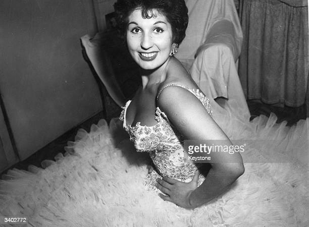 Singer Alma Cogan in her ITV 'Wonder Dress'