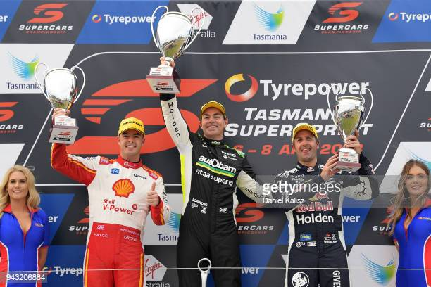 2nd place Scott McLaughlin driver of the Shell VPower Racing Team Ford Falcon FGX 1st place Craig Lowndes driver of the Autobarn Lowndes Racing...