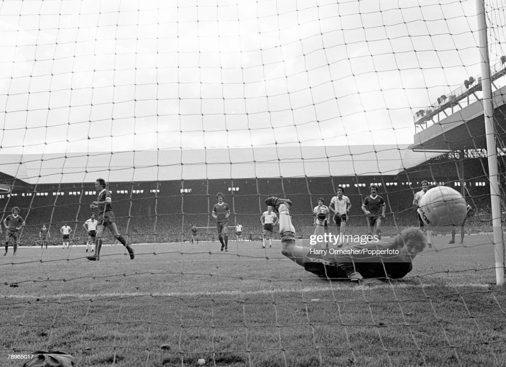 2nd September 1978. Anfield, Liverpool. Liverpool 7 v Tottenham Hotspur 0. Tottenham goalkeeper Barry Daines concedes a Phil Neal penalty. : News Photo