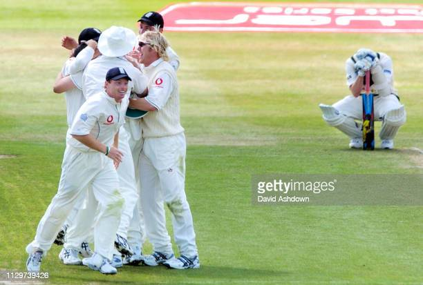 2nd TEST ENGLAND V AUSTRALIA AT EDGBASTON 4th DAY ENGLAND WIN THE MATCH AFTER STEVE HARMISON TAKES THE LAST WICKET BRETT LEE 7/8/2005