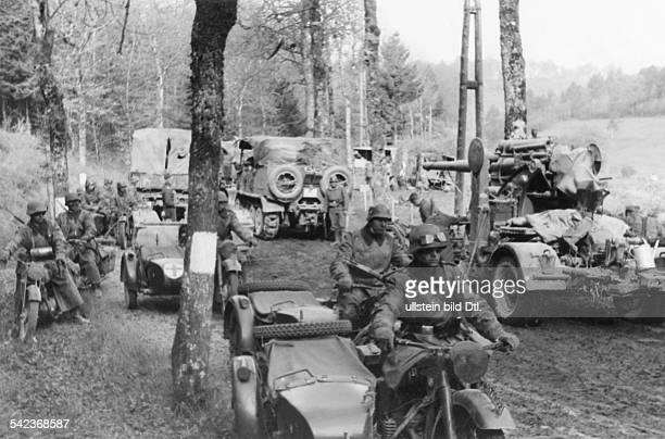 2wwcampaign in the west 1005 Theater of war German military columns passing through the Ardennes on their way to the Meuse river about 12 May 1940