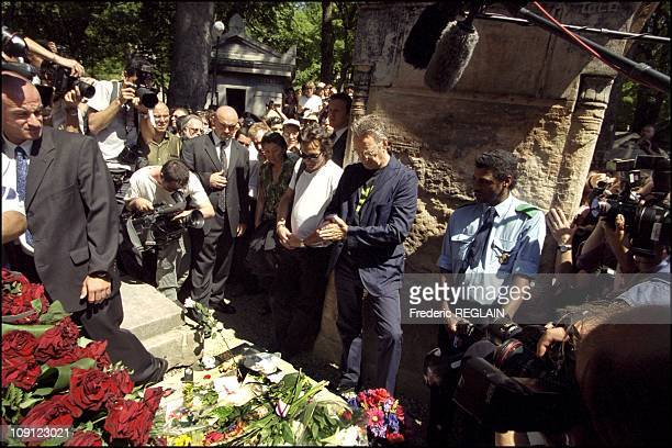 30Th Anniversary Of Jim Morrison Death In Paris On March 7Th 2001 In Paris France Former Keyboard Player Of The Doors Ray Manzarek Pay Tribute To Jim...