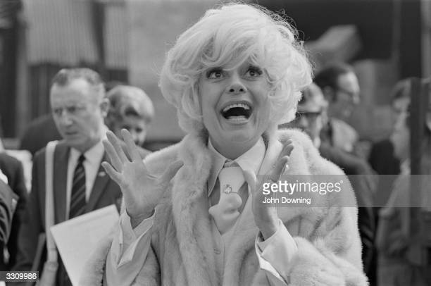 Carol Channing the American actress arrives in London for a fourweek season at London's Drury Lane Theatre