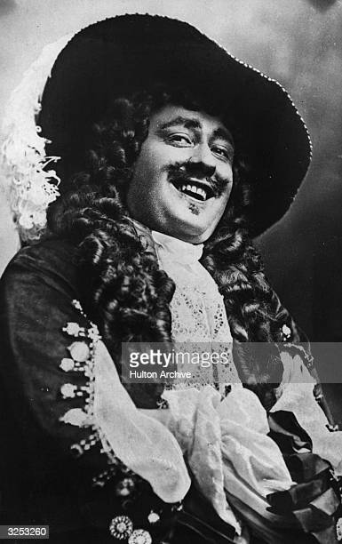 Actor Fred Terry in the play 'Sweet Nell Of Old Drury' at the Haymarket Theatre London Playwright Paul Kester