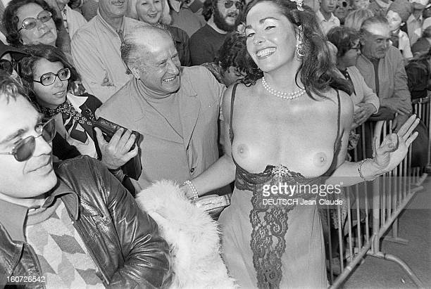 30th Cannes Film Festival 1977 Cannes mai 1977 Lors du Festival internationnal du film de Cannes 1977 dans une rue portrait de l'actrice Edy WILLIAMS...
