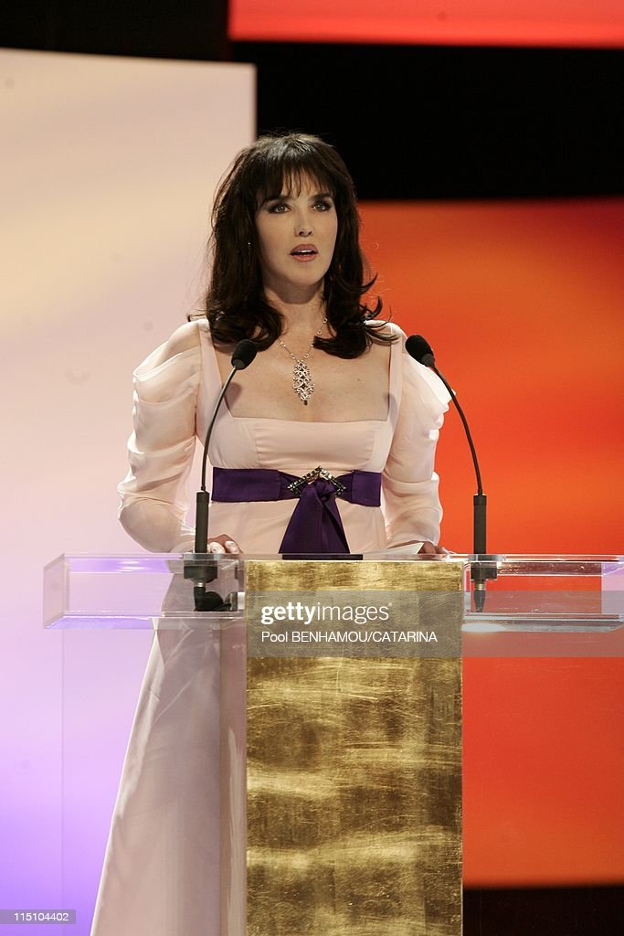 30Th Cesar Awards Ceremony At The Theatre Du Chatelet In Paris, France On February 26, 2005. : ニュース写真