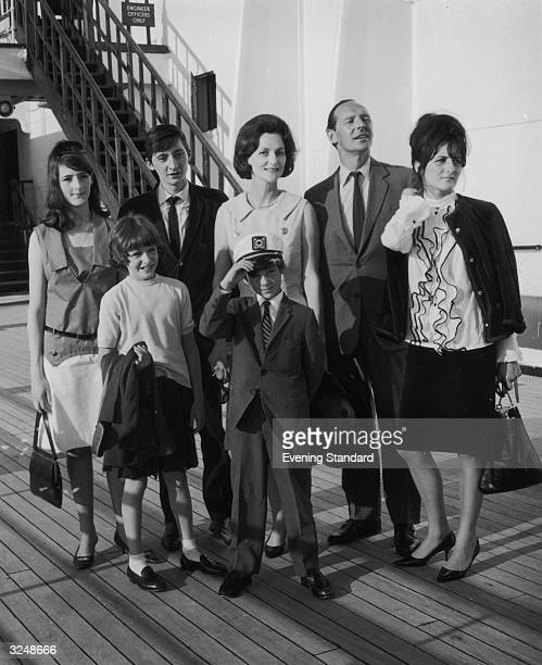 Sir David OrmsbyGore with his wife Sylvia and their children Julian Jane Victoria Alice and Francis