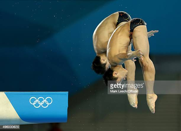 30th July 2012 London 2012 Olympic Games Diving Men's Synchronised 10m Platform Zhang Yanquan and teammate Cao Yuan dive
