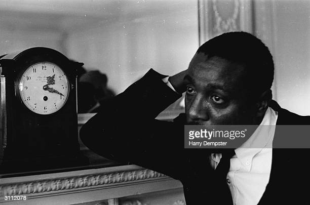 American comedianand political activist Dick Gregory He was the first black comedian to perform for white audiences