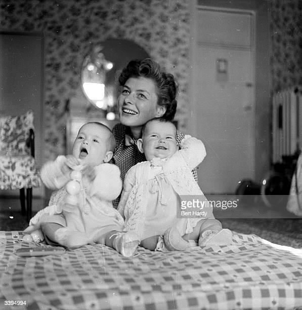 Swedish actress Ingrid Bergman with her elevenmonthold twins Original Publication Picture Post 6514 Ingrid Bergman's Story pub 1953