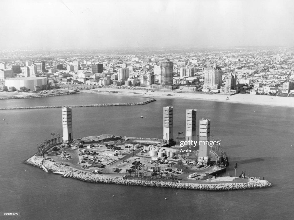 Long Beach Skyline : News Photo