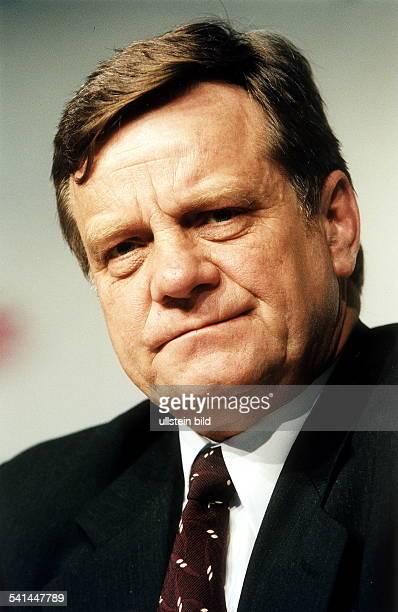 Ingenieur Manager D Vorstandsvorsitzender Deutsche Bahn AGPorträt Juli 2000