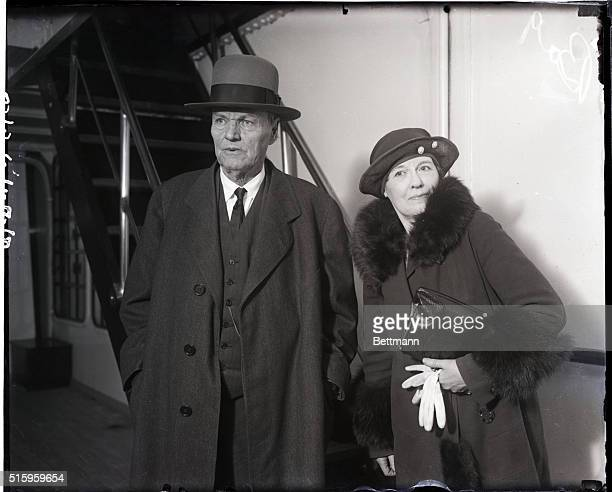 3/17/1930New York NY Clarence Darrow famous criminal lawyer arrives from Europe with his wife on the SS Saturnia after spending several months at...