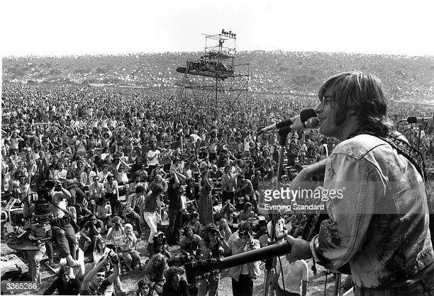 American singer songwriter John Sebastian performing at the Isle of Wight pop festival