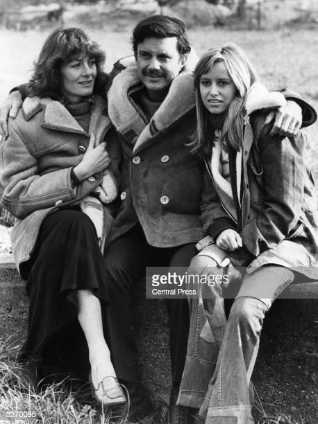 Vanessa Redgrave Susan George and Academy Award winner Cliff Robertson pictured at Elstree Studios where they were filming 'Winter Rates'