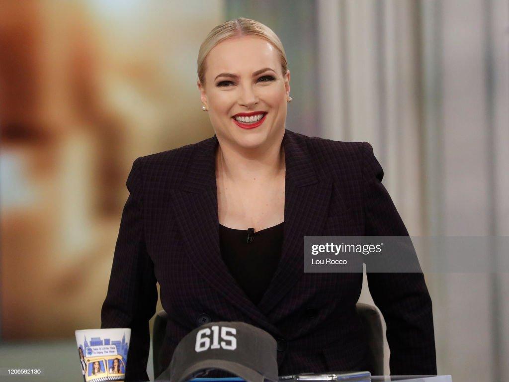 "ABC's ""The View"" - Season 23 : News Photo"