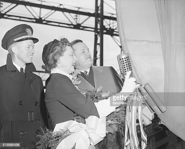Widow of the commander of the submarine Pompano in World War II Mrs Willis Manning Thiomas is shown as she prepared to launch the Navy's newest and...