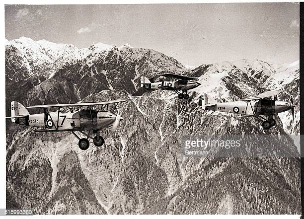 3/22/1967Khyber Pass The time is 1940 The English fearing that Russia might march into India sent scout planes along the Khyber Pass route