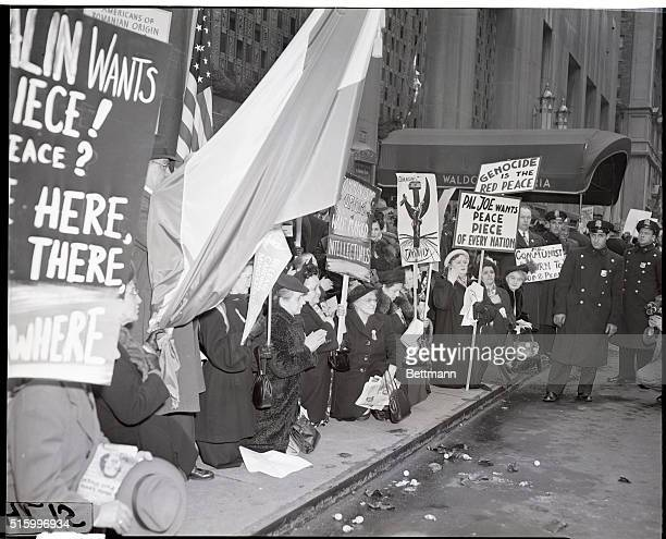 3/25/1949New York NY Women participating in antiCommunist demonstrations outside the WaldorfAstoria Hotel meeting place for the controversial...