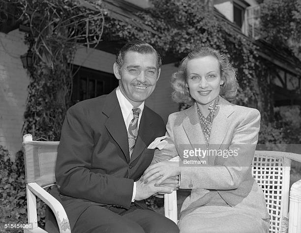 3/31/1939Hollywood California Carole Lombard and Clark Gable grin for photographers following their return to Hollywood from their recent surprise...