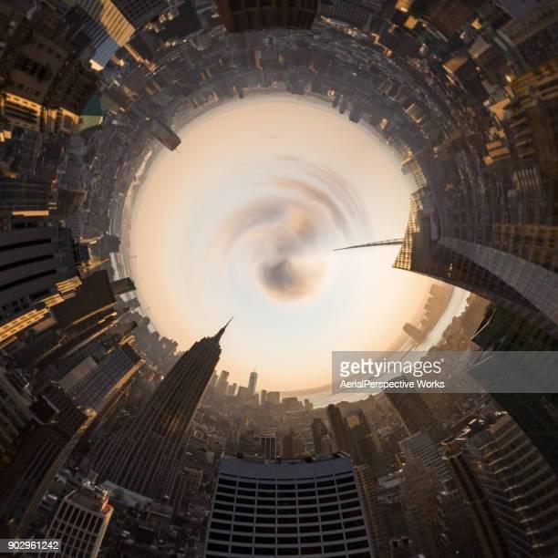 visão de 360 graus dos modernos edifícios em manhattan - formato de pequeno planeta - fotografias e filmes do acervo
