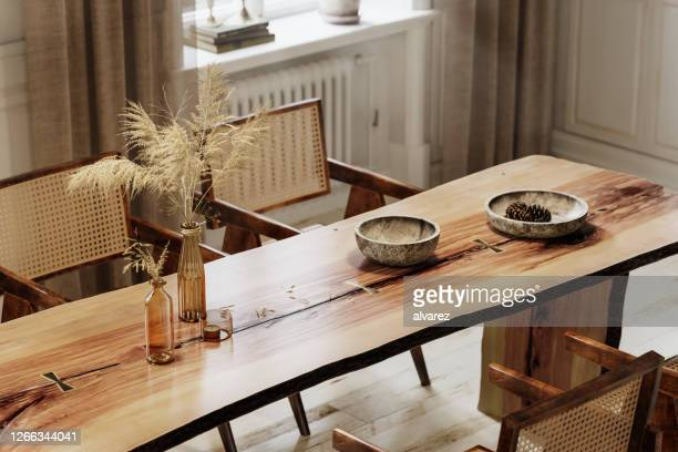 3d rendering of rough edge plank dining table - dining room stock pictures, royalty-free photos & images