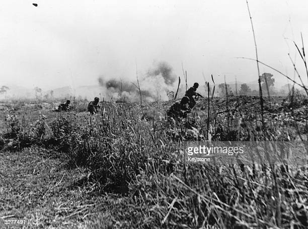 French troops in the process of destroying a VietMinh rebel company between the Dien Bien Phu fortress and the South resistance centre, during the...