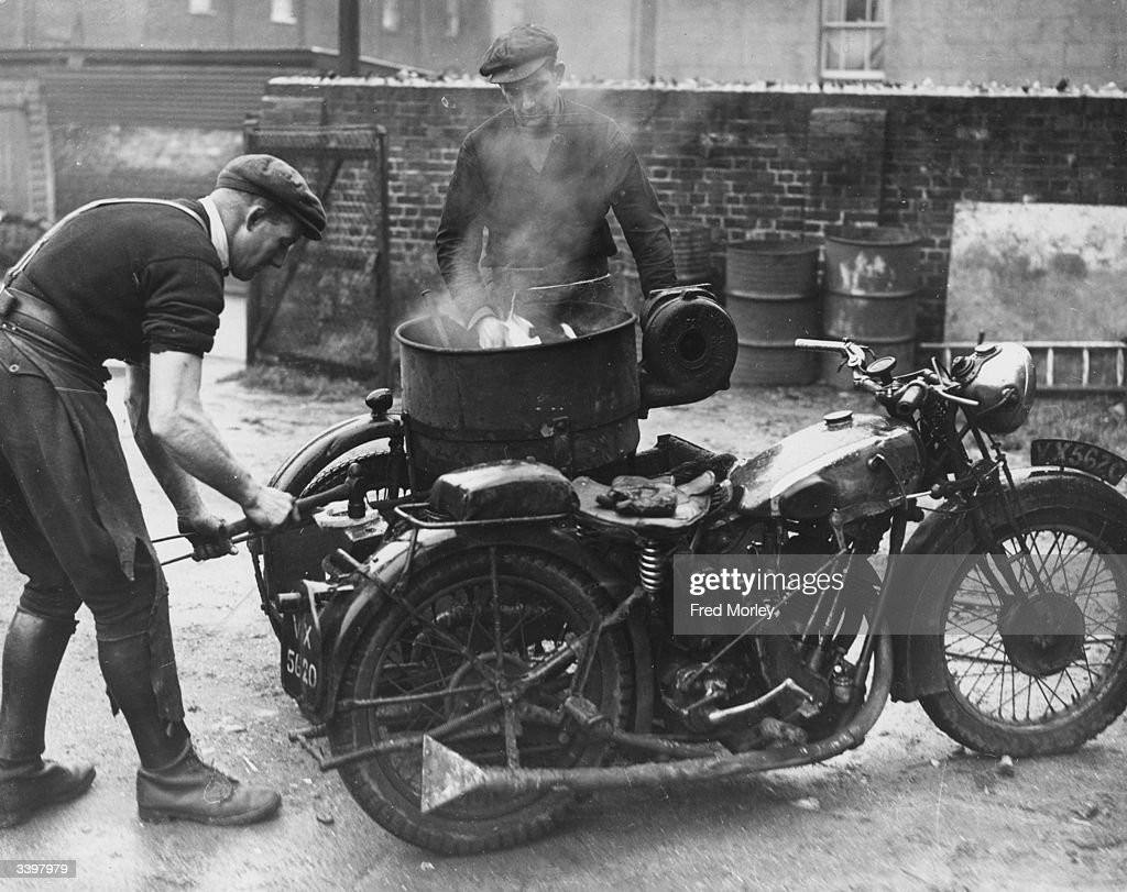 Mobile Blacksmith : News Photo
