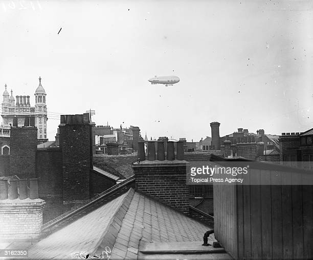 NS11 airship over the city