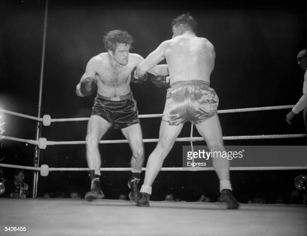 British heavyweight boxers Freddie Mills and Bruce Woodcock
