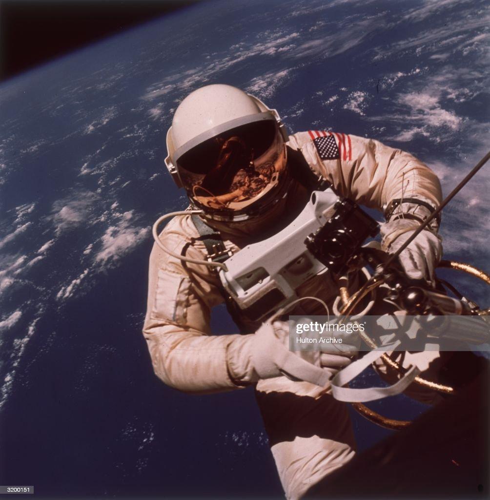 Gemini EVA : News Photo