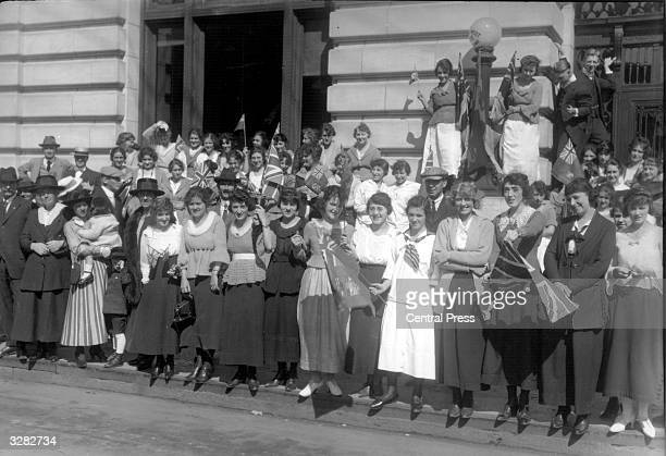 A crowd in a street in Winnipeg to welcome the Duke of Windsor then Prince Edward of Wales during his royal tour