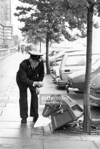 K9 the robotic dog from the tv series Dr Who was caught short on his way to County Hall where it was to present a petition to save Hammersmith...