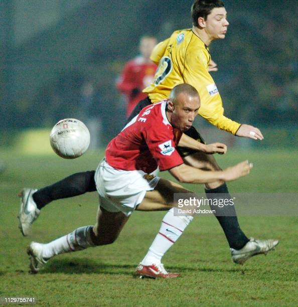 FA CUP 3rd ROUND BURTON ALBION V MAN UTD MATCH WAS A 00 DRAW TO GET A REPLAY AT OLD TRAFFORD CHRIS HALL 8/1/2006