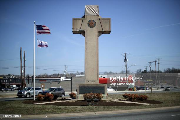 A 40foot cross that honors 49 fallen World War I soldiers from Prince George's County stands at the busy intersection of Bladensberg and Annapolis...