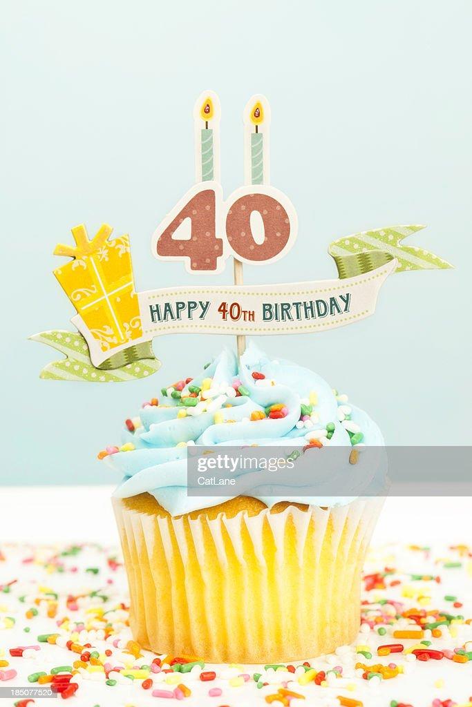 40 歳の誕生日カップケーキ : ストックフォト