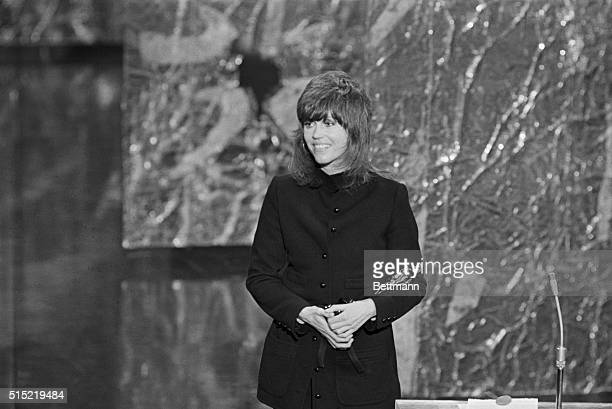 4/10/1972Los Angeles CAActress Jane Fonda thanks the audience after accepting an Oscar for Best Performance by an Actress at the 44th annual Academy...