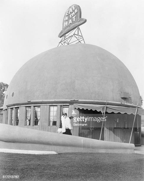 4/1/1929Los Angeles CA The Brown Derby is another of the curious dining places frequented by such film stars as Esther Ralston From the street it...