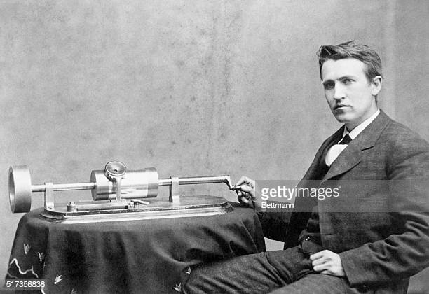 4/1878Professor Thomas Edison and his speaking phonograph