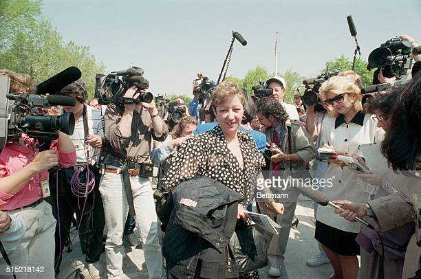 4/26/1989Washington DC Norma McCorvey Jane Roe in Roe vs Wade is the center of media attention following arguments in a Missouri abortion case at the...