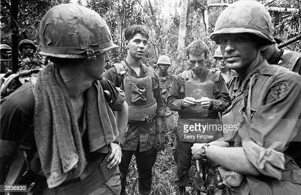 US marines in the jungle during the Vietnamese War