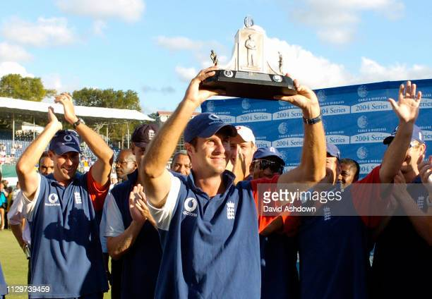 4th TEST 5th DAY ENGLAND V WEST INDIES AT THE RECCREATION GROUND ANTIGUA ENGLAND TEAM AND WISDEN TROPHY 1MICHEAL VAUGHAN 4/4/2004.
