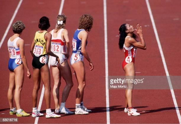 SPIELE 1988 4x400m Staffel Frauen Seoul / KOR 011088 Florence GRIFFITHJOYNER / USA FOTOBONGARTS/MajaMoritz