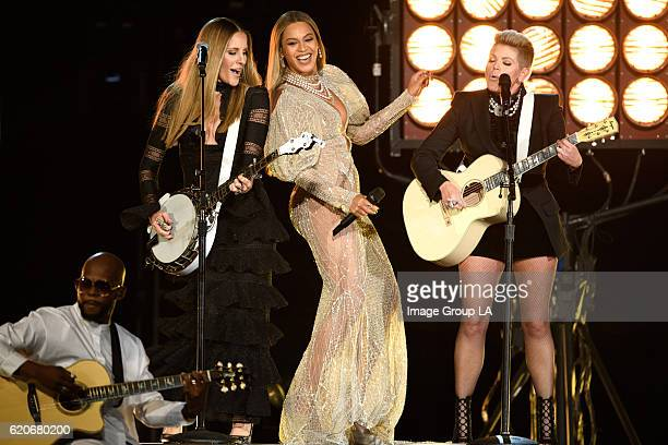 50th ANNUAL CMA AWARDS - The 50th Annual CMA Awards, hosted by Brad Paisley and Carrie Underwood, broadcasts live from the Bridgestone Arena in...