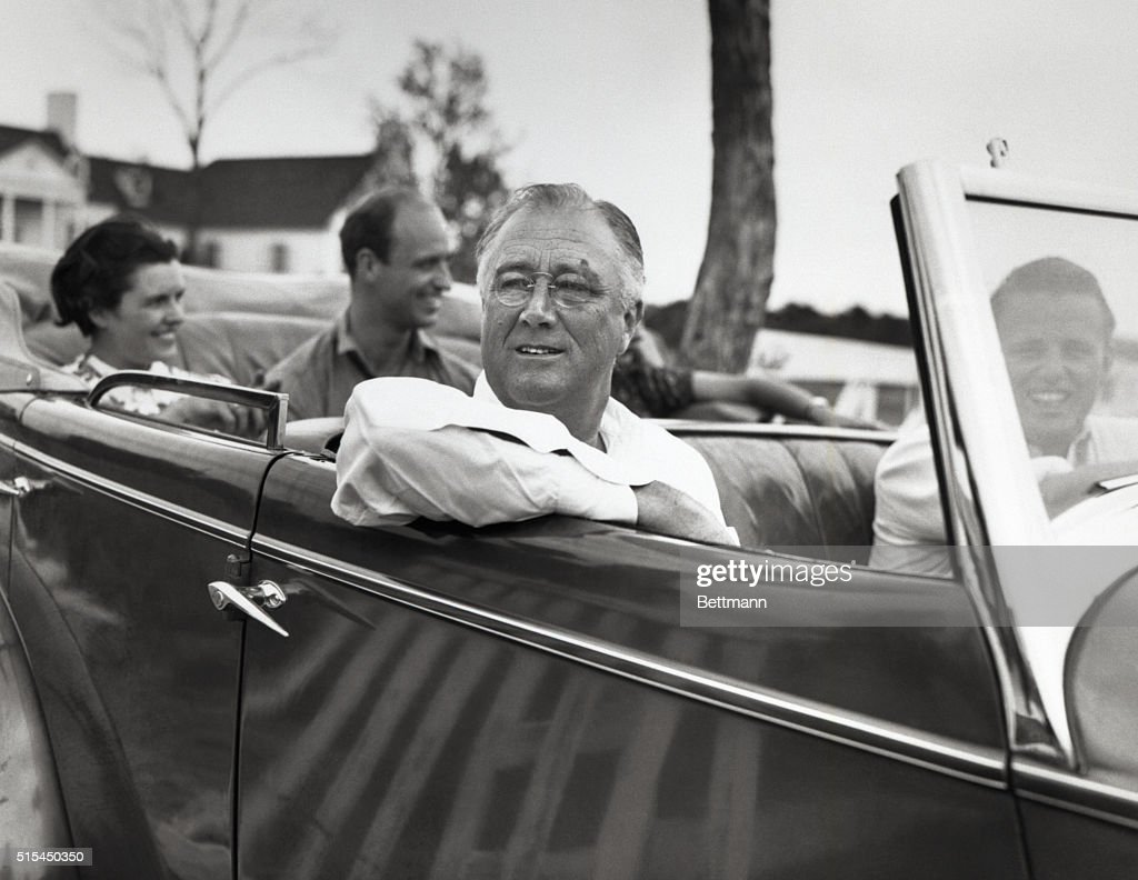 Fort Worth, Texas- President Roosevelt leaves the home of his son Elliot for a drive. In the rear of the car are Mrs. Elliot Roosevelt; James Roosevelt and Mrs. Eloise Polk, (friend of Mrs. E. Roosevelt). In the front of the car are President Roosevelt and his son Elliot.