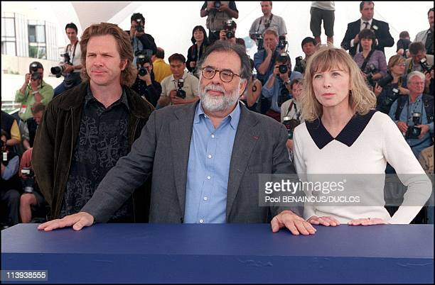 54th Cannes film festival Photocall of Apocalypse now In Cannes France On May 11 2001Sam Bottoms Francis Ford Coppola Aurore Clement