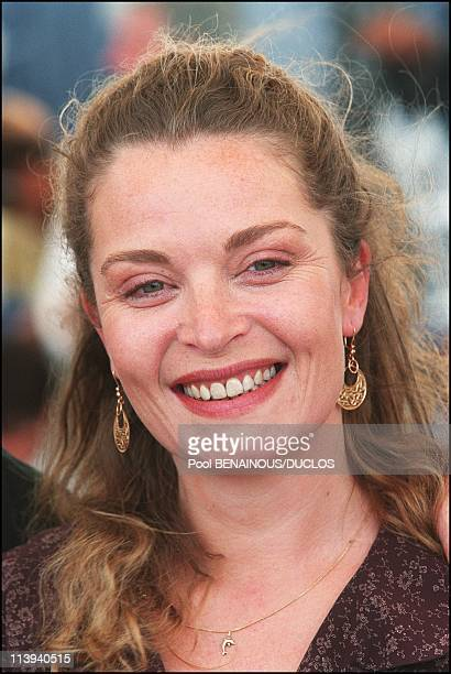 54th Cannes Film Festival Photocall of La chambre des Officiers In Cannes France On May 17 2001Isabelle Renaud